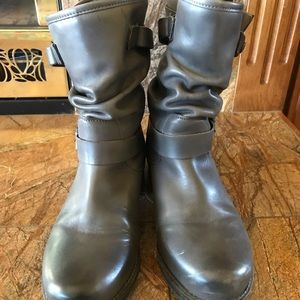Eric Michael Shoes - Eric Michael- Gray boots. Perfect condition!